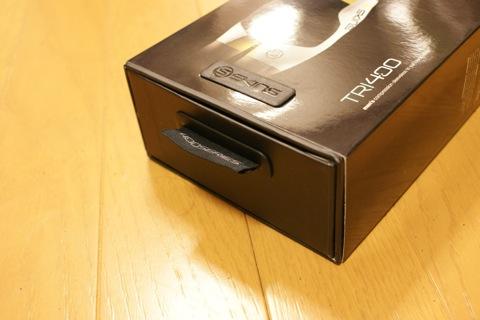 SKIN TRI400 外箱の詳細